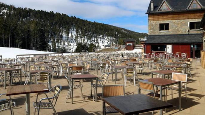 L'hostaleria del Pirineu alerta que si no es recupera la mobilitat no hi haurà gent als restaurants i allotjaments