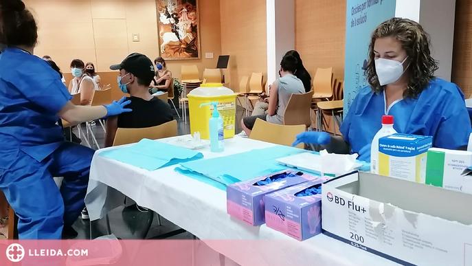 Salut descarta per ara vacunar als instituts