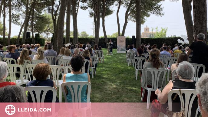 'Silencis amb llum' a Balaguer per acomiadar les persones mortes durant la pandèmia