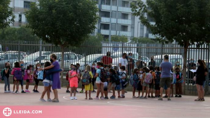 ⏯️ Cares de felicitat i també alguna llàgrima marquen el retorn a l'escola a Lleida