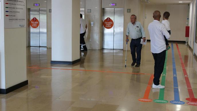 L'Arnau de Vilanova estrena nova senyalització horitzontal per a les Consultes Externes