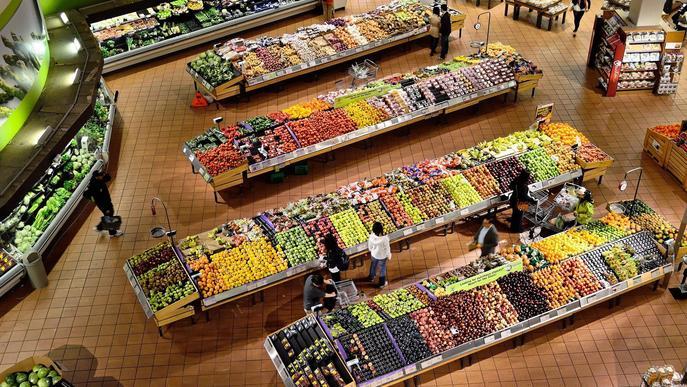 Una cadena de supermercats lleidatana inaugura la seva primera botiga a Corbins
