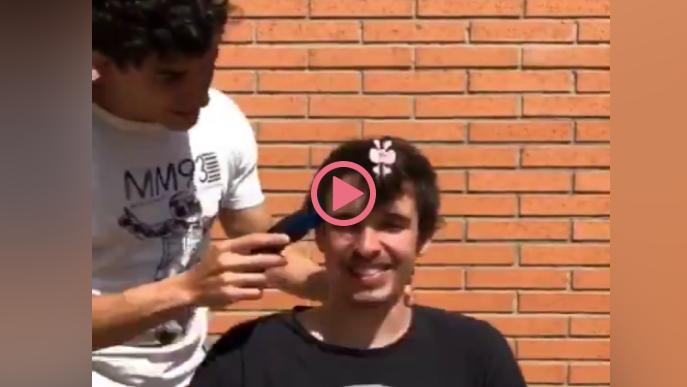 Marc Márquez, perruquer d'Àlex durant el confinament