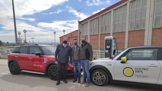Juneda estrena un nou punt de càrrega ràpida de vehicles elèctrics