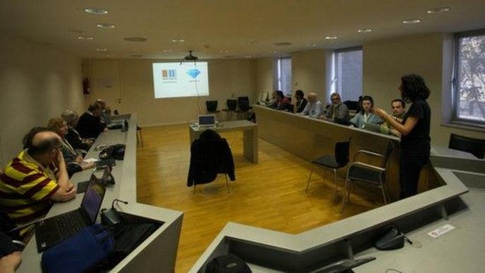 """La Viquipèdia tanca la seva dotzena trobada a Cervera posant en valor el voluntariat com a """"motor real"""" del moviment"""