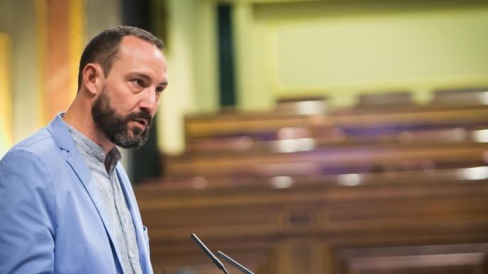 """El Comú de Lleida denuncia """"clientelisme"""" i """"irregularitats"""" en contractacions d'Urbanisme i Esports"""
