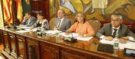 El Govern deu encara a la Diputació 16 milions per a obres en