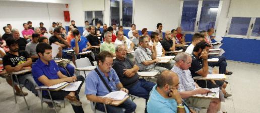 L'FCF estudia dos grups de 17 equips a Tercera al retirar-se'n AEM i