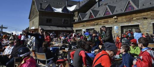 Port Ainé tanca per aforament complet un dia d'afluència excepcional a les pistes de Lleida