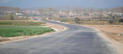 Completen el paviment de la carretera de Linyola