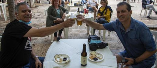 Ple al tast de cervesa artesana de Tàrrega en honor a la fira ajornada