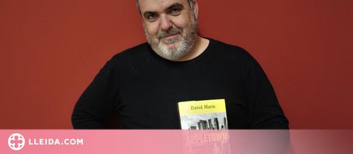 """David Marín: """"M'agradaria que la gent s'adonés que el mateix plaer que troben en les sèries, el poden trobar en un bon llibre"""""""