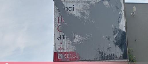 Així ha aparegut el cartell de l'Espai Lluís Companys del Tarròs