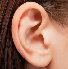 Consells per cuidar l'oïda a l'estiu