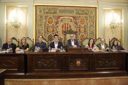 El tripartit aprova el cartipàs de la Paeria amb l'abstenció del PSC i el PP