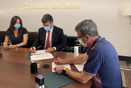 La Diputació firma un crèdit de deu milions per subvencionar obres de municipis i EMD