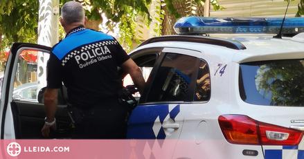 Detingut per abusar sexualment de les seves dues companyes de pis a Lleida