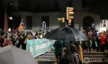 Els i les manifestants conflueixen a l'avinguda de Blondel per marxar junts cap a la Paeria