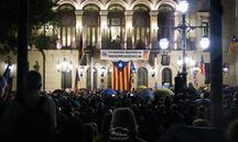 Unes 8000 persones es manifesten a Lleida sota la pluja contra la sentència del Suprem